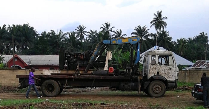palm kernel crushing and separating machine